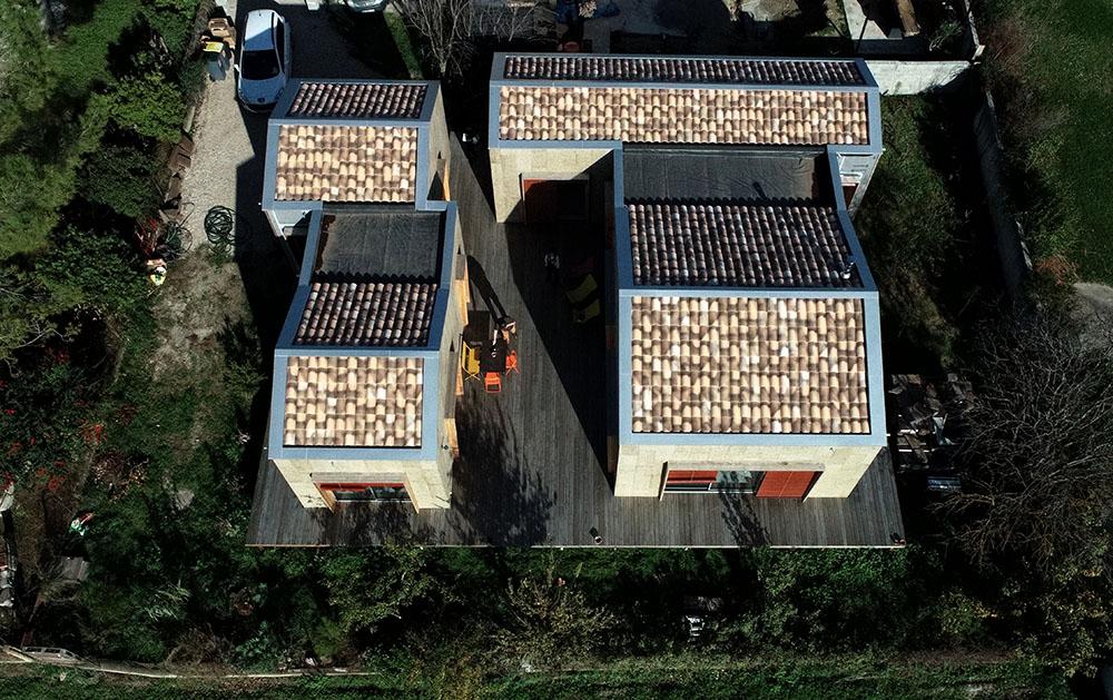 Maison ossature bois finition extérieure liège